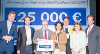National Associations Representatives presenting cheque